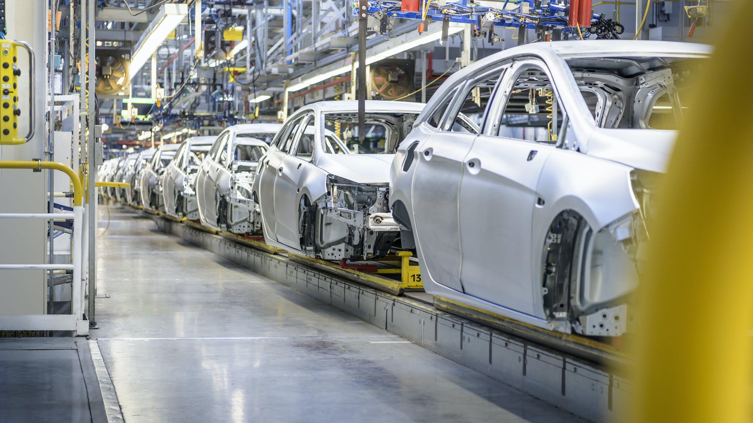 QAD Enterprise Applications Case Study - Federal-Mogul Motorparts